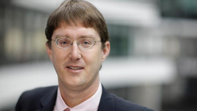Seit 01.07.2015 Sprecher von AUTOSAR: Simon Fürst von BMW.