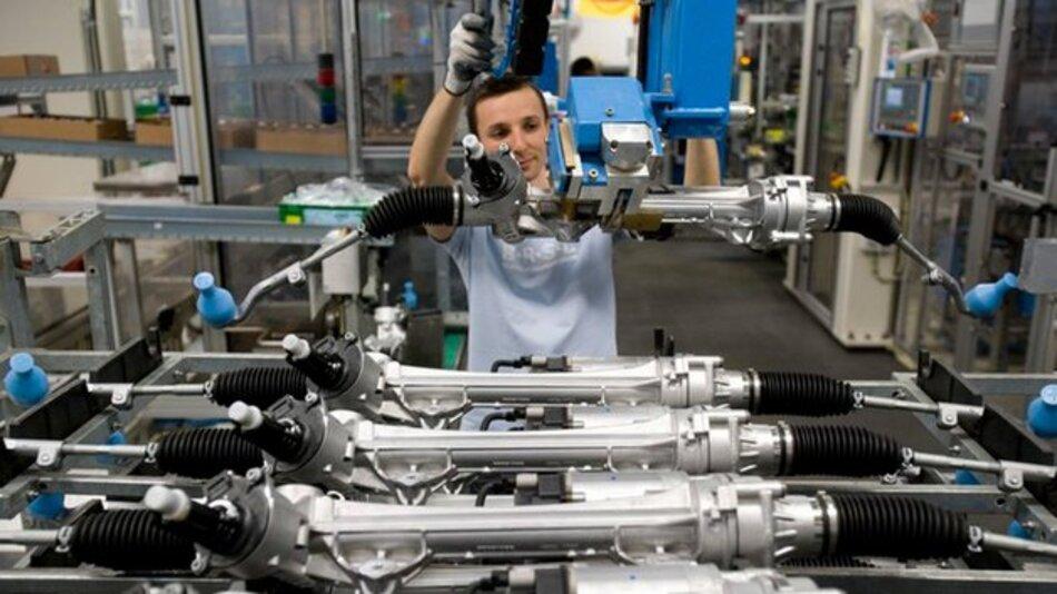Elektrolenkungen laufen bei Bosch in Europa, Nordamerika und China vom Band.