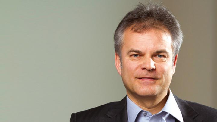 """Thomas Staudinger, EBV  """"Bei diesem Modell rücken EBV und NXP enger zusammen und führen einen viel offeneren Dialog als bei herkömmlichen Beziehungen zwischen Distributor und Halbleiterhersteller."""""""
