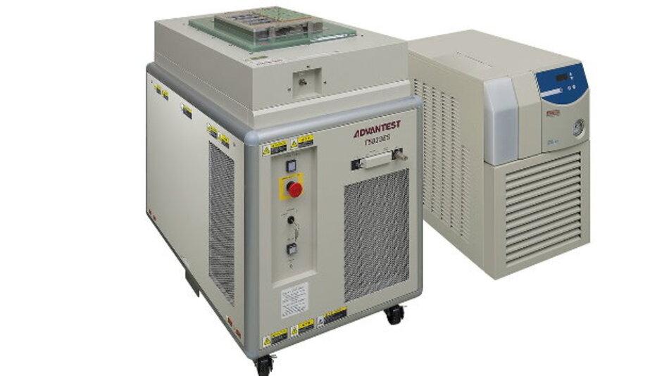 Kostengünstige Testlösung für die Serienproduktion unterschiedlicher Speicher-Bausteine: der Memory-Tester T5833 von Advantest.