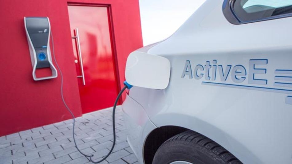 In Europa stieg die Nachfrage im zweiten Quartal 2015 nach Elektrofahrzeugen leicht an.