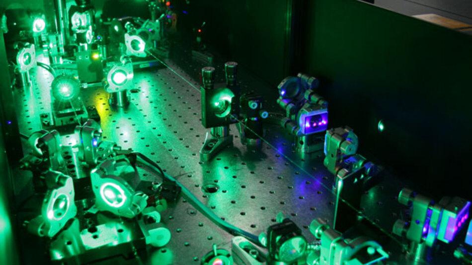 Die Forschung im Bereich Lasertechnik soll die europöische Industrie stärken und gesellschaftliche Probleme lösen. Die Forschung wird bis 2020 mit insgesamt knapp 80 Mrd. Euro EU-Geldern gefördert.