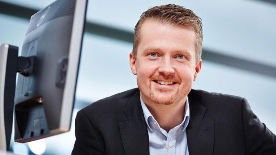 """""""Ziel ist es, die Kommunikation zwischen Mensch und Maschine zu vereinfachen"""". Prof. Dr. Oliver Niggemann, Vorstandsmitglied am inIT."""