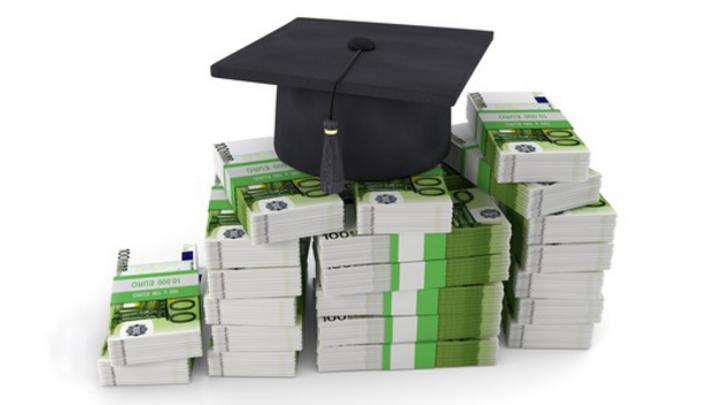 Schmuckbild Studium Kosten