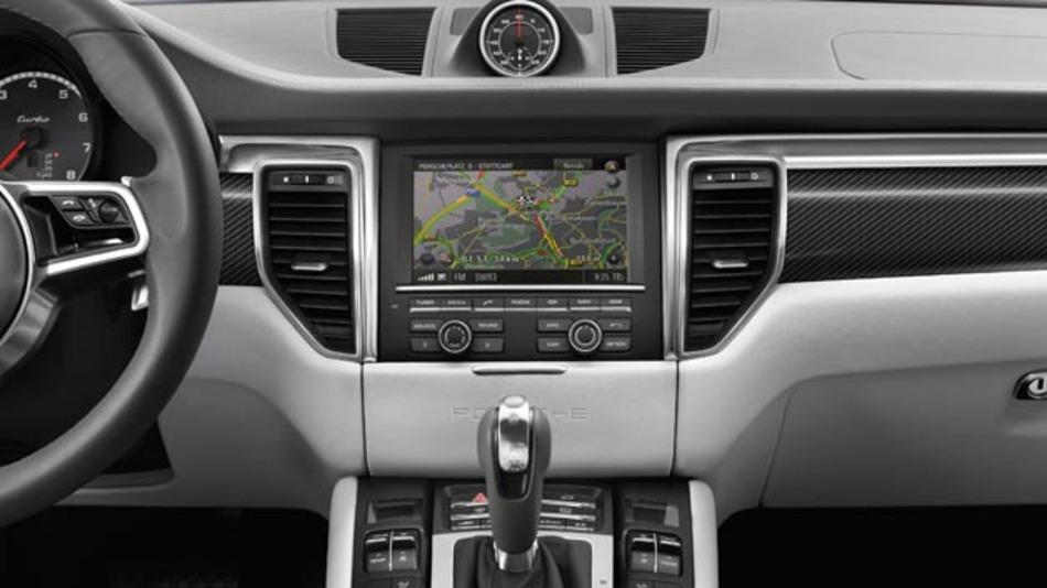 Porsche Communication Management jetzt mit Echtzeit-Verkehrsinformationen