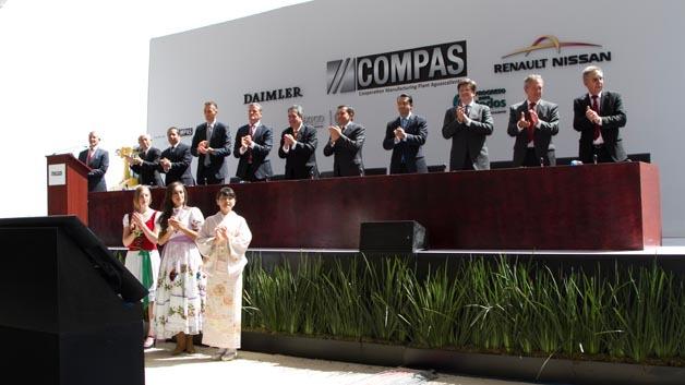 Grundsteinlegung für das Produktionswerk Compas von Daimler und Nissan in Mexiko.