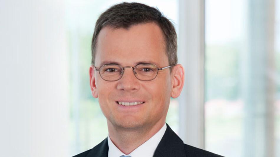 Dominik Asam, für Nachhaltigkeit zuständiges Vorstandsmitglied bei Infineon freut sich: Zum ersten Mal steht das Unternehmen im Welt-Index des Dow Jones Sustainability Index