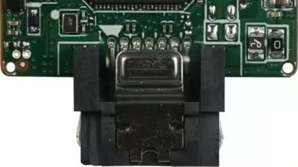 Bei der patentierten Pin-8-Technologie werden Innodisks Solid-State-Drives SATADOM ohne separate Kabel direkt via SATA-Anschluss mit Strom versorgt.