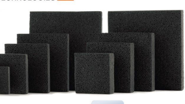 Mit Versariens Metallschaum-Kühlkörper der LPH00xx-Serie (Vertrieb: Mouser) lassen sich dank des mikroporösen Kupfermaterials VersarienCu alle Arten von ICs passiv kühlen.
