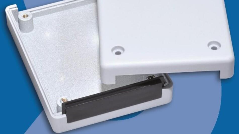 Streitbürger erreicht bei seinen Elektronikgehäusen dank patentierter EMV-Beschichtung eine maximale Abschirmwirkung von 99,999999 %.