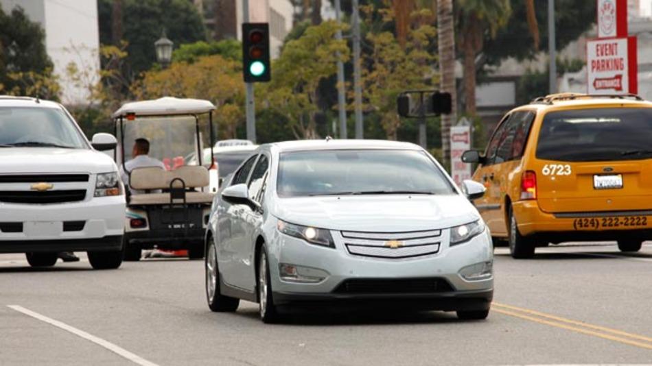 2016 will GM eine Testflotte mit selbstfahrenden Chevrolets Volt auf die Straßen von Detroit bringen.