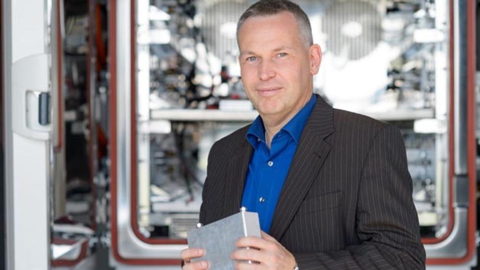 Dr. Thorsten Ochs arbeitet in der zentralen Forschung und Vorausentwicklung von Bosch in Renningen bei Stuttgart an der Batterie der Zukunft.