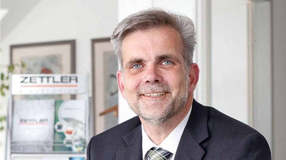 Stefan Schlosser, Managing Director bei Zettler Electronics, verweist darauf, dass der Zettler-Kunde nicht nur hochwertige Relais, sondern auch kompetente Beratung während der Design-in-Phase zu schätzen weiß.