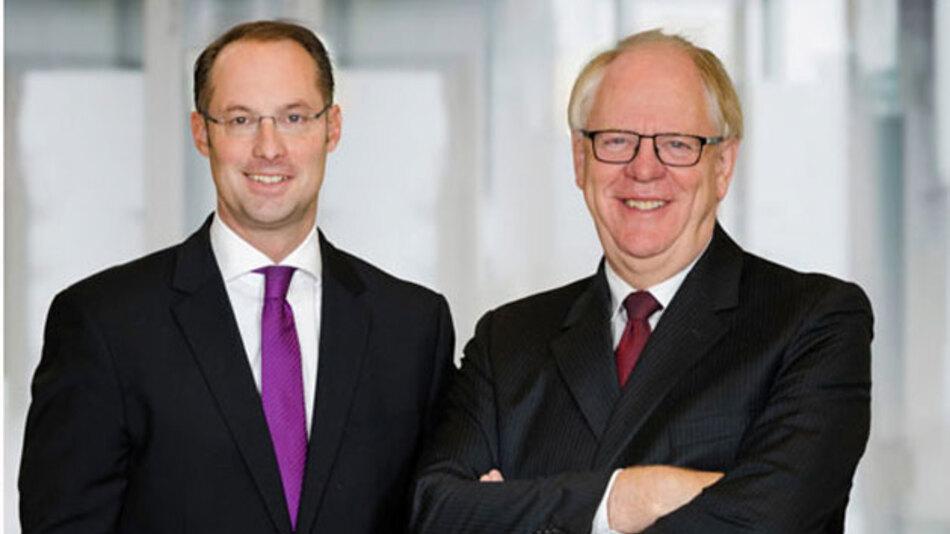 Umsatzziel 2015 erreicht: Turck-Geschäftsführer Christian Wolf (links) und Ulrich Turck blicken auf ein erfolgreiches Geschäftsjahr zurück.