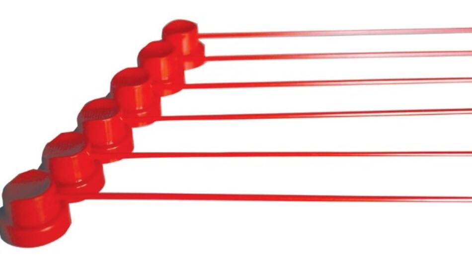 Auch schwer zugängliche Stellen lassen sich mit dem 145 mm langen CRC-Sprührohr-Set (Vertrieb: setron) erreichen.