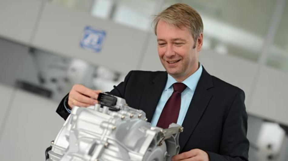 Dr. Stefan Sommer, ZF-Vorstandsvorsitzender: »Japan liegt im Ranking der Herstellerländer für Elektromobilität auf Platz 1.«