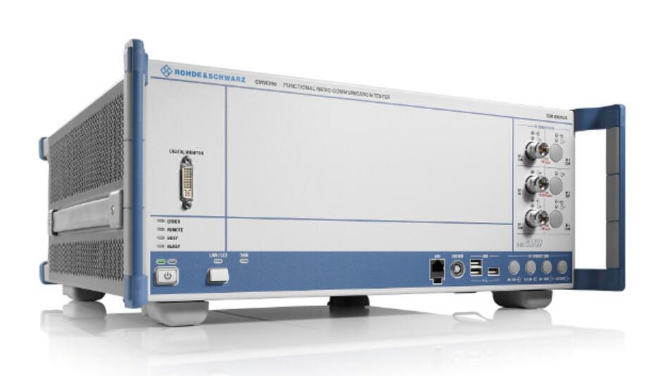 Speziell für die Anforderungen im Service konzipiert ist die neue Erweiterung für den R&S CMW290. Er ist eine reduzierte Variante des Messplatzes R&S CMW500 und kommt in der Entwicklung und Produktion von drahtlosen Endgeräten zum Einsatz.