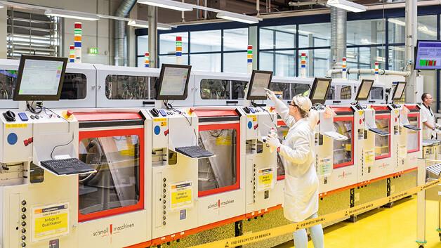 AT&S ist Europas größter Leiterplattenhersteller und nach eigenen Angaben Marktführer beim Chip Embedding.