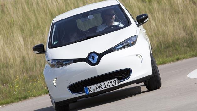 Günstiger Strom im Renault Zoe laden dank der Schwarmmanager-Plattform von The Mobility Hous