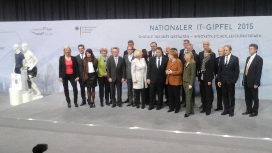 Politprominenz auf dem #itg15, Berlin hat verstanden, dass wir #Industrie40 nicht aus der Hand geben dürfen