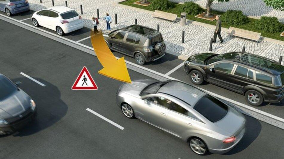 Vehicle-to-X-Technik ermöglicht den Austausch von Positions- und Bewegungsdaten zwischen Fahrzeugen und schwächeren Verkehrsteilnehmern.