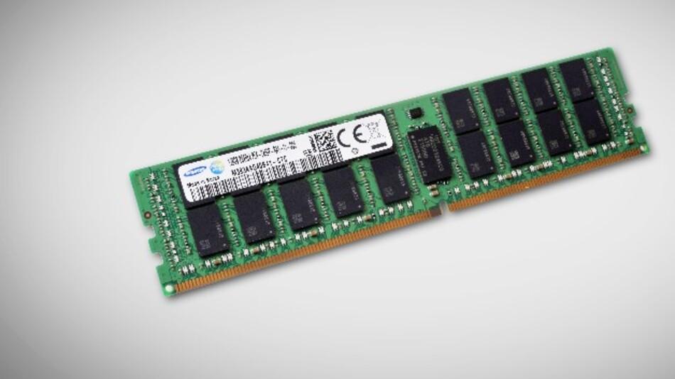 Auf TSV-Technologie basieren Samsungs stromsparende 128-GByte-DDR4-DRAM-RDIMM-Module mit Übertragungsgeschwindigkeiten von 2400 MBit/s.