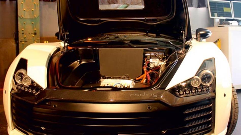 Der Aufbau des SafeAdapt-Fahrzeugs wurde gestartet.