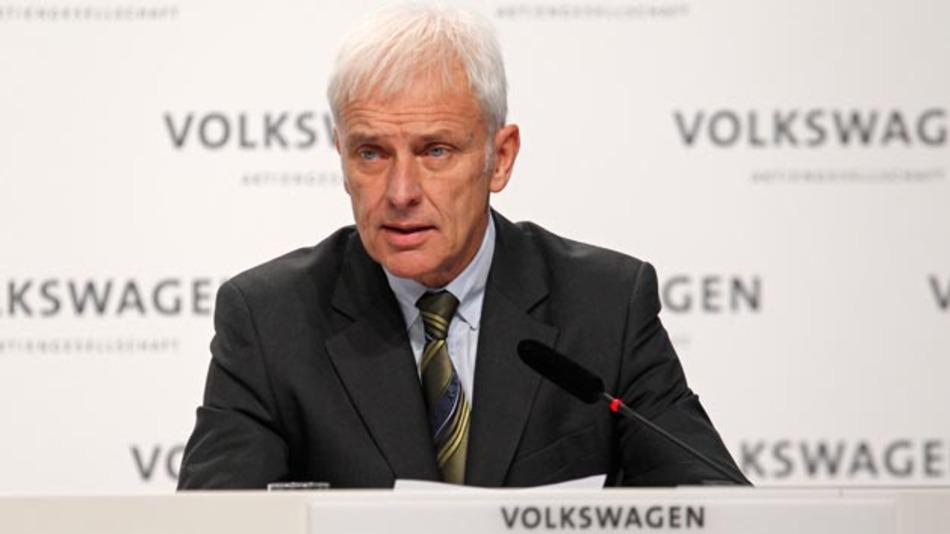 Matthias Müller, Vorstandsvorsitzender des Volkswagen Konzerns, will mit einer personellen und strukturellen Neuaufstellung Volkswagen aus der Krise führen.