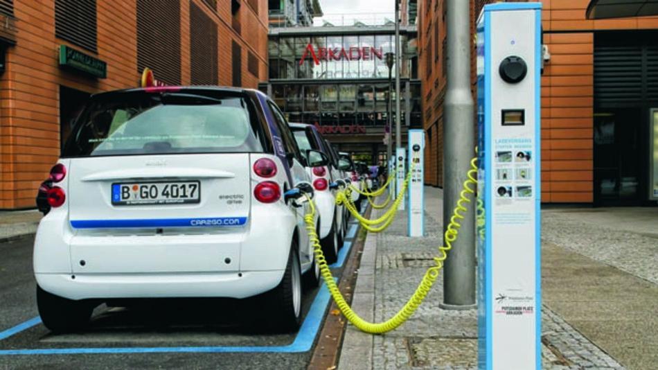 Wenn am Thema Elektromobilität nicht gearbeitet wird, droht dem Stromer das Aus. So zumindest die Einschätzung des AvD.