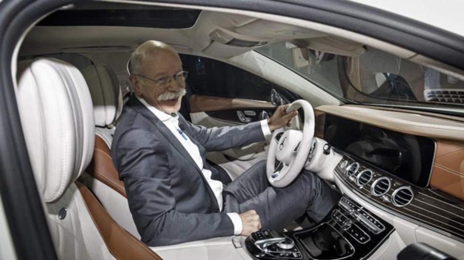 »Als Erfinder des Automobils war für Mercedes immer klar, dass die nächste große Revolution der Mobilität das selbstfahrende Auto sein würde«: Dr. Dieter Zetsche, Vorstandsvorsitzender der Daimler AG und Leiter Mercedes-Benz Cars.