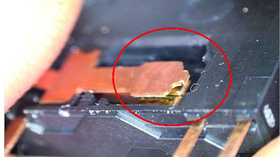 """Bild 2. """"Twin contacts"""" – also Doppelkontakte mit einer mindestens 3 µm dicken dHartvergoldung auf dem AgNi-Kontakt – sorgen für dauerhaft niedrige Kontaktwiderstandswerte."""
