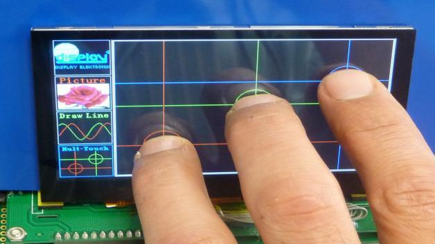 Eine Bildschirmdiagonale von 4,3 Zoll weist Display Elektroniks TFT-Touch-Display auf, das inklusive Touch nur 4,4 mm dick ist.