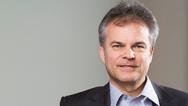 Thomas Staudinger, EBV  »Die Nachfrage nach Security- und Identifikationsprodukten zieht derzeit massiv an: Während wir bis vor etwa einem Jahr lediglich drei bis vier Anfragen von Kunden nach ID- und Security-Lösungen verzeichneten, sind es mittlerw