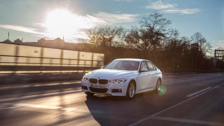 Mit dem 330e erweitert BMW seine 3er Reihe um eine Variante mit Plug-in-Hybrid-Antrieb.