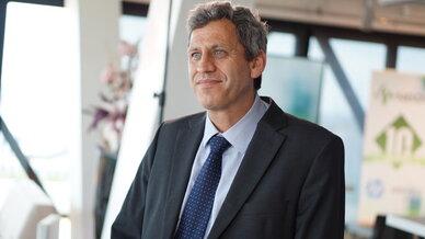Hendrik van den Berg, Geschäftsführer bei Neos