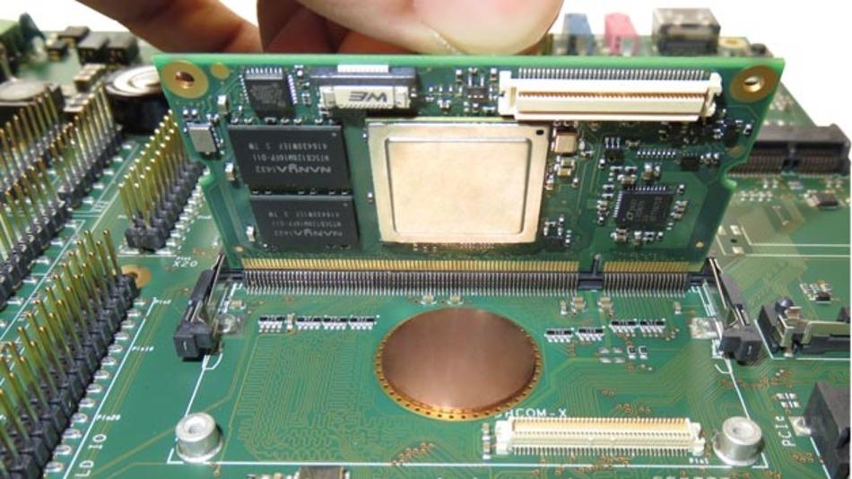 Über ein Kupferpad, das nicht größer als eine 5-Cent-Münze ist, wird die Wärme über das Board abgeleitet.