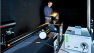 Am Doppel-Monochromator werden goniometrische Messungen durchgeführt, um die Lichtstreuung zu überprüfen, aber auch Messungen zur photobiologischen Sicherheit.