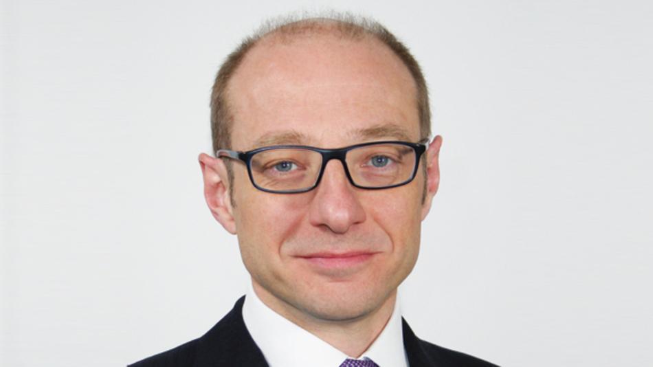 Dr. Matthias Zöller, Asscon  »Mit unserer Neuentwicklung, dem Dynamic Profiling,  gehen wir einen weiteren Schritt  in Richtung Eigenüberwachung  der Maschine.«