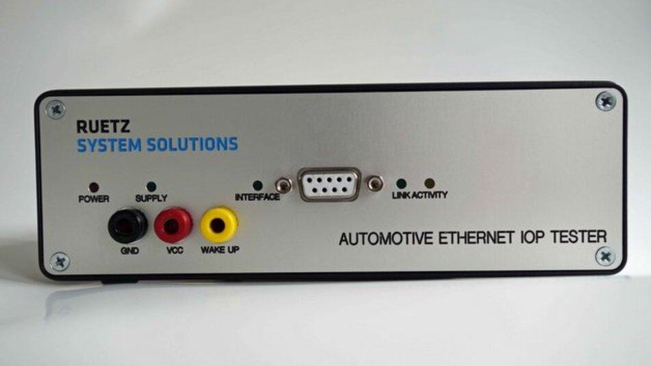 Der IOP-Tester von Ruetz prüft Steuergeräte auf Interoperabilität.