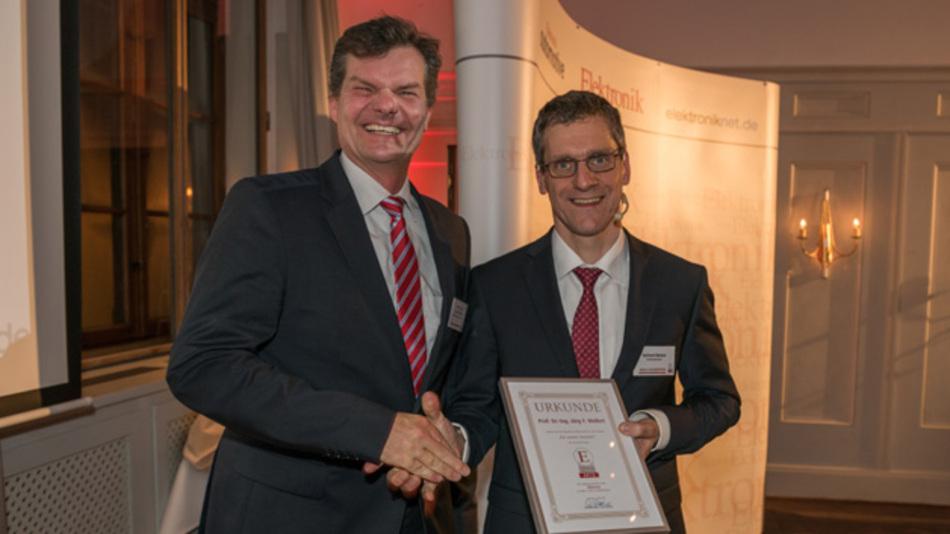 Prof. Dr. Jörg Wollert wurde für seinen Artikel »IO-Link: Für smarte Sensoren« ausgezeichnet.
