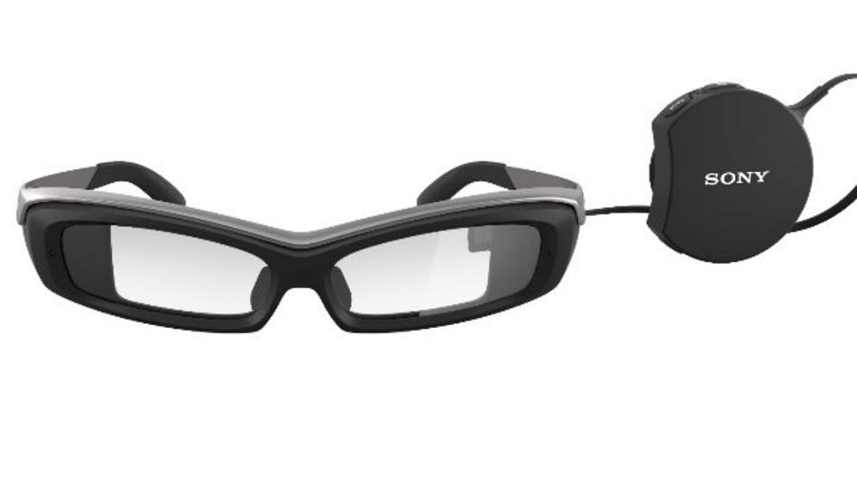 <p>Die Sony Datenbrille wird mithilfe von Apps zum Helferlein in der Produktion. </p>