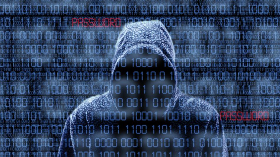 """Damit Hacker keine Prozesse manipulieren und auch nicht die Kontrolle übernehmen können,  ist Security, die weit mehr als """"nur"""" die Datensicherheit umfasst, ein absolutes Muss"""