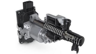 Bei der MTplus wird das Grundprinzip der hydraulischen Kraftübertragung beibehalten, aber ein zusätzlicher Aktuator direkt in die Druckleitung eingebaut.