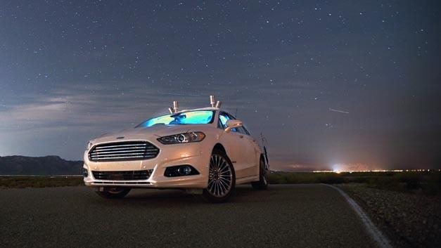Brauchen vollautomatisierte Fahrzeuge Scheinwerfer? Dank LiDAR-Sensor-Technologie und 3D-Karten sind autonomes Fahrzeuge in der Nacht sicher unterwegs.