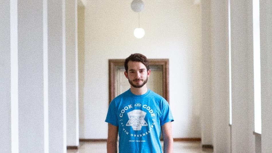 Alexander Hoffmann will im September Deutschland erstes Code-Café eröffnen. Die Crowd soll ihm dabei helfen.