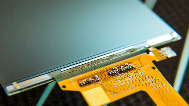 Synaptics Display-Treiber-IC Clearview R63353 reduziert die Leistungsaufnahme bedarfsabhängig, wobei das Bild immer scharf bleibt.