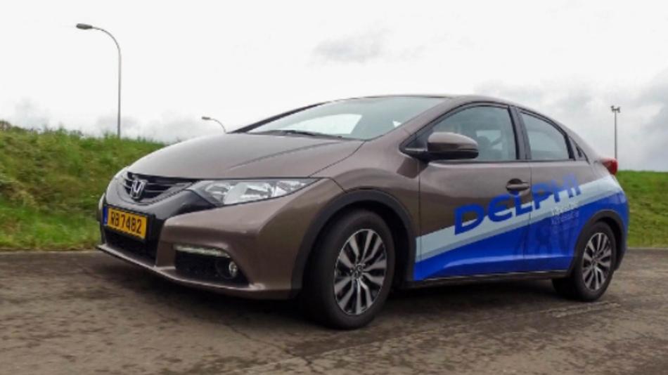 Delphis 48-Volt-Fahrzeuglösung basiert auf einem Honda Civic mit Dieselmotor.
