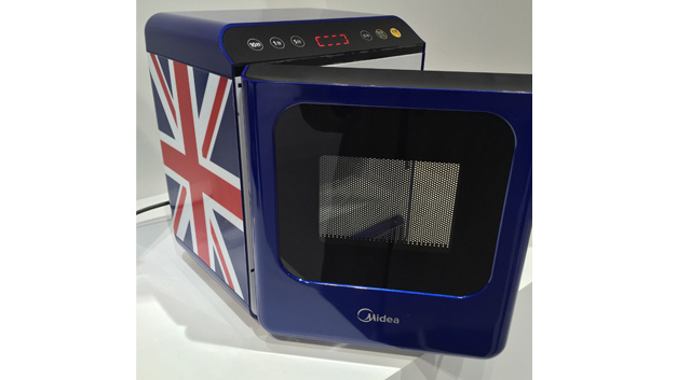 200 W leistet der erste Mikrowellenherd ohne Magnetron, den der chinesische Küchengerätehersteller Midea zusammen mit Ampleon entwickelt hat.