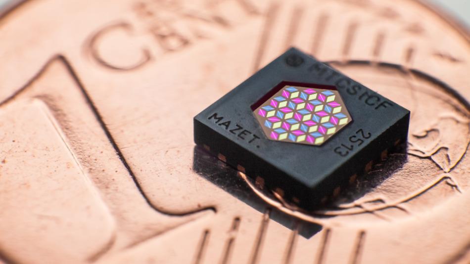 Bild 3: Farbsensor MTCSiCF für alle allgemeinen Anwendungen.