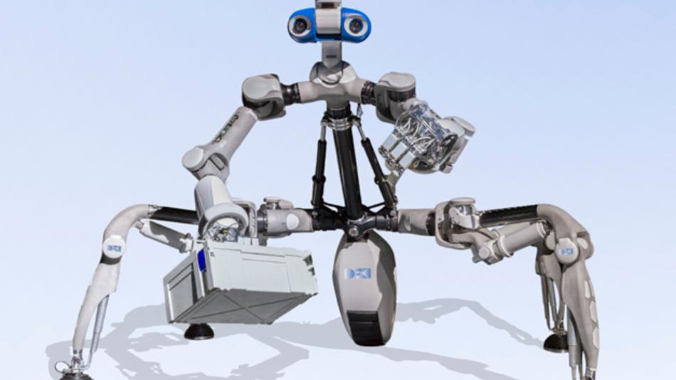 Der Laufroboter MANTIS in einer aufrecht stehenden Haltung, um die Fähigkeiten zur zwei-arm Manipulation zu nutzen